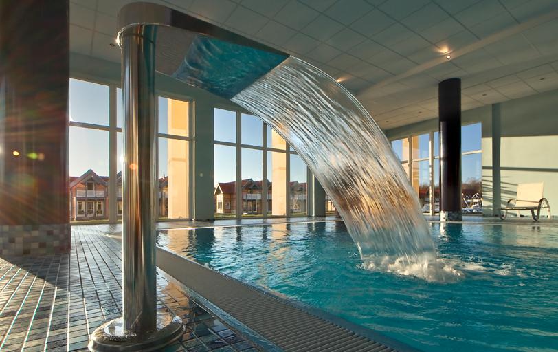 Kühne Pool und Wellness Schwimmbecken